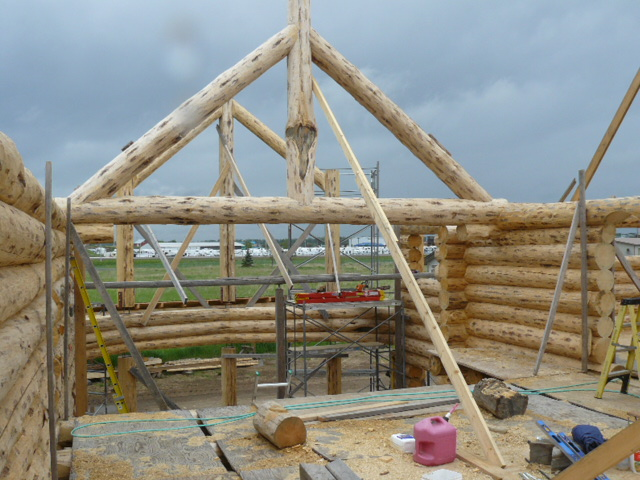 Log Truss for roof support above Gt. room