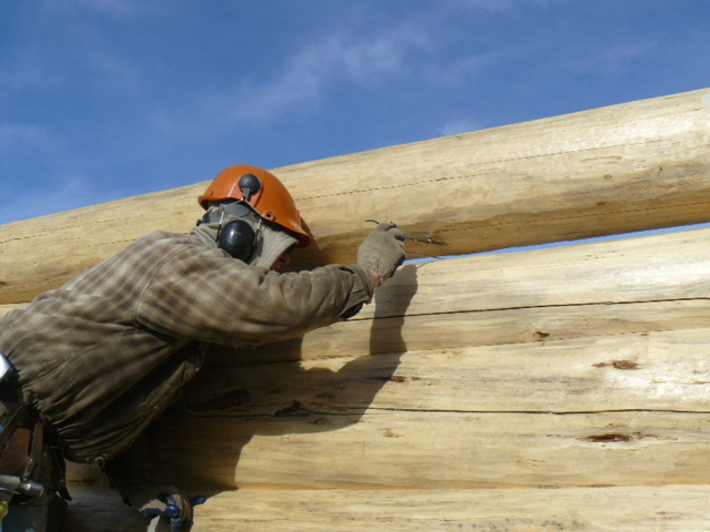 Blain, scribing a log