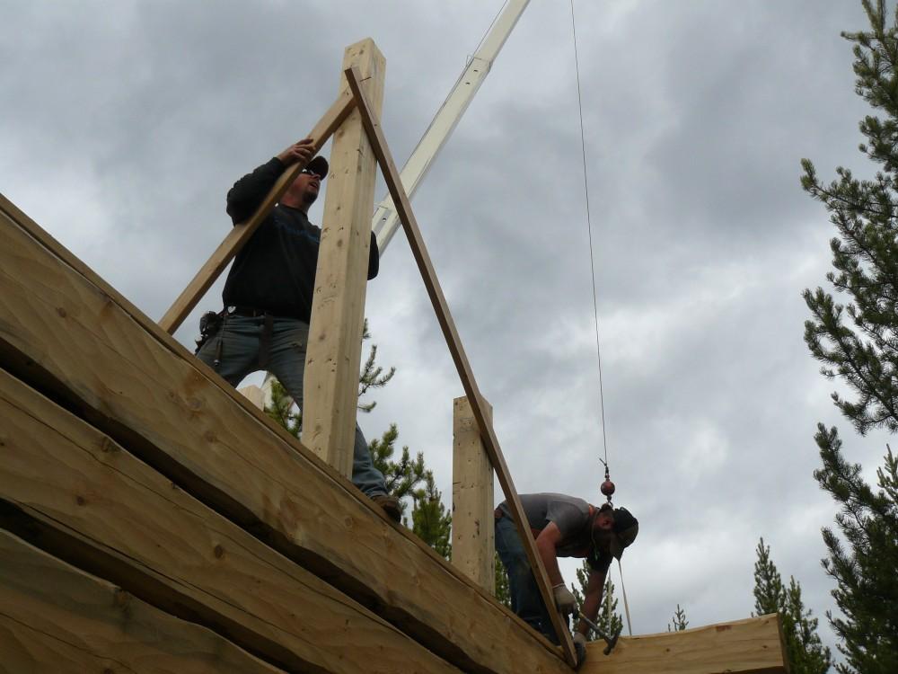 Setting roof posts