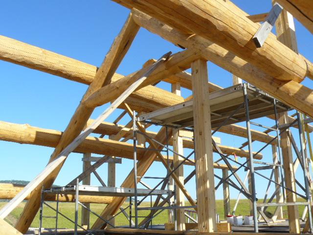Interior truss